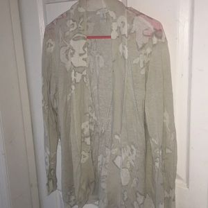 Chico's size 3 cover cardigan light weight 14/16